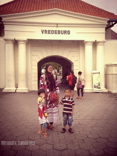 benteng vredeburg, bercerita sejarah perjuangan anak negeri