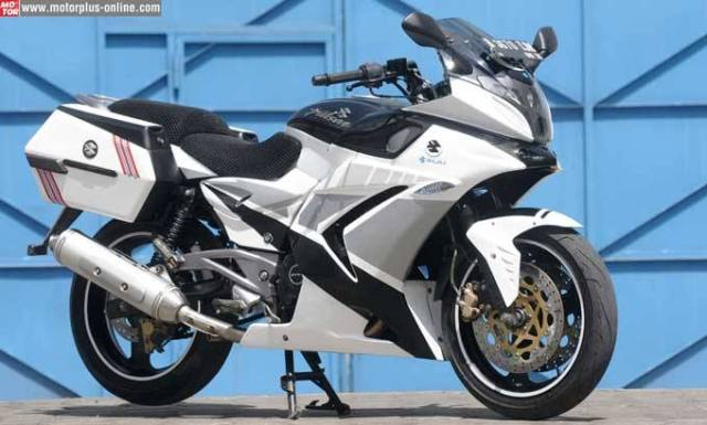 modifikasi Pulsar 220 full fairing dan side box