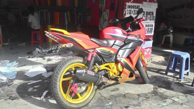pulsar 220 full fairng cutting sticker