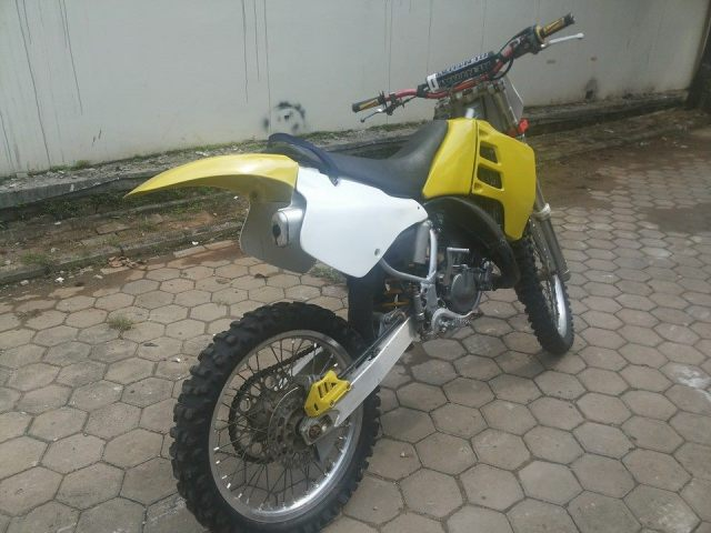 suzuki rm125 SE dijual