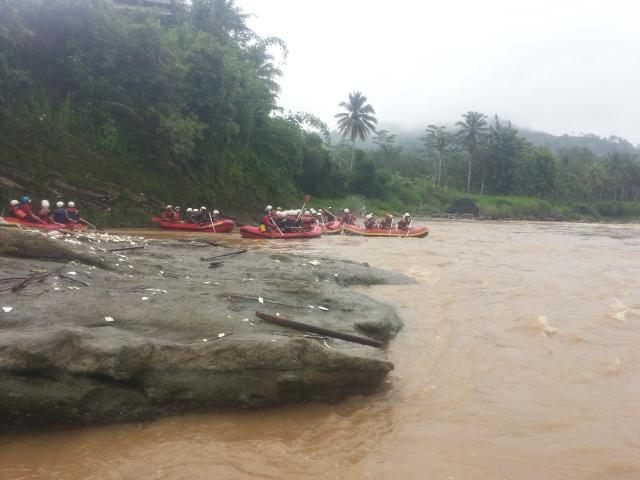 Rafting-cherokee-adventure-citatih-sukabumi-2