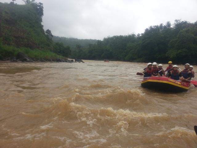 Rafting-cherokee-adventure-citatih-sukabumi-8